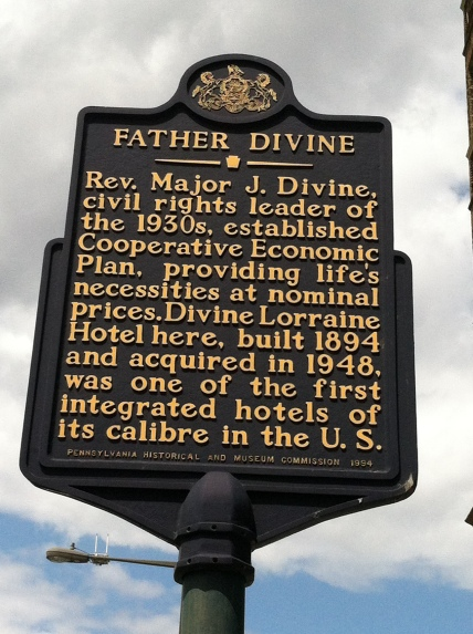 Historic Marker at The Divine Lorraine. 05.2012 ©sbethy